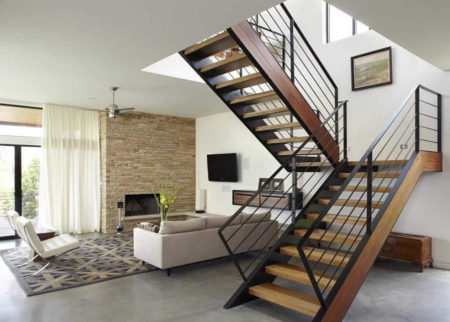 Cách bố trí phòng khách có cầu thang đẹp nhất