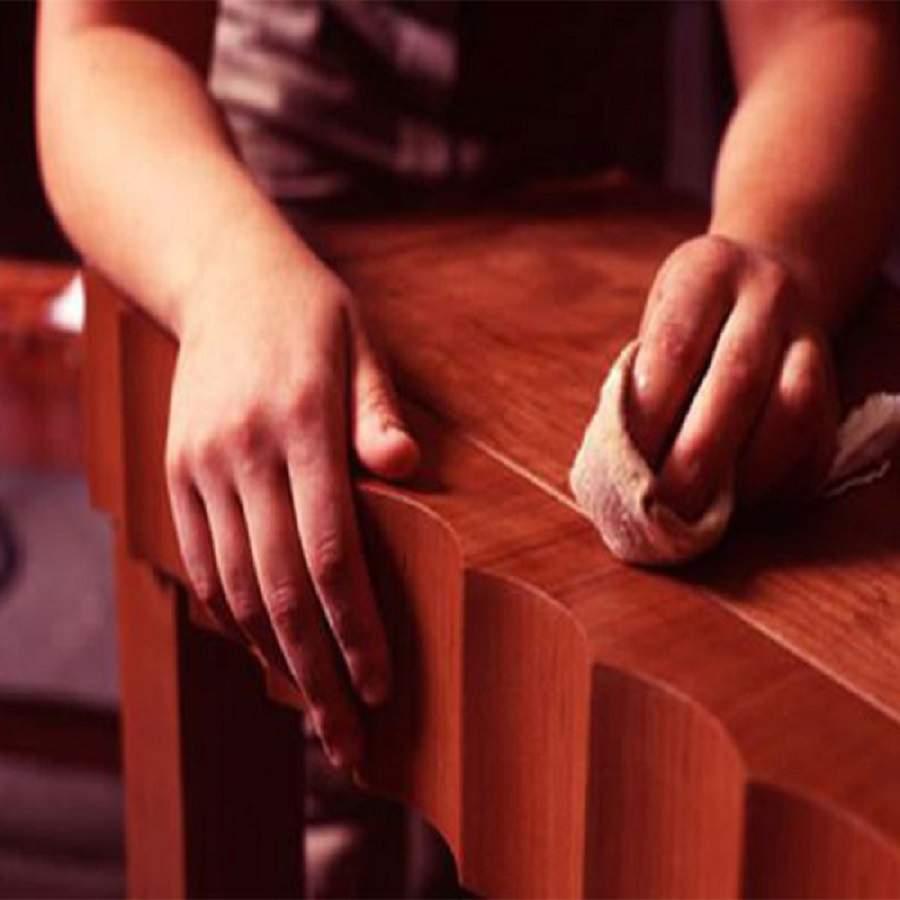 Cách đánh bóng bàn ghế gỗ không tốn nhiều công