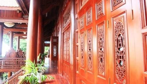Nội thất gỗ hương làm nên những món đồ đắt tiền