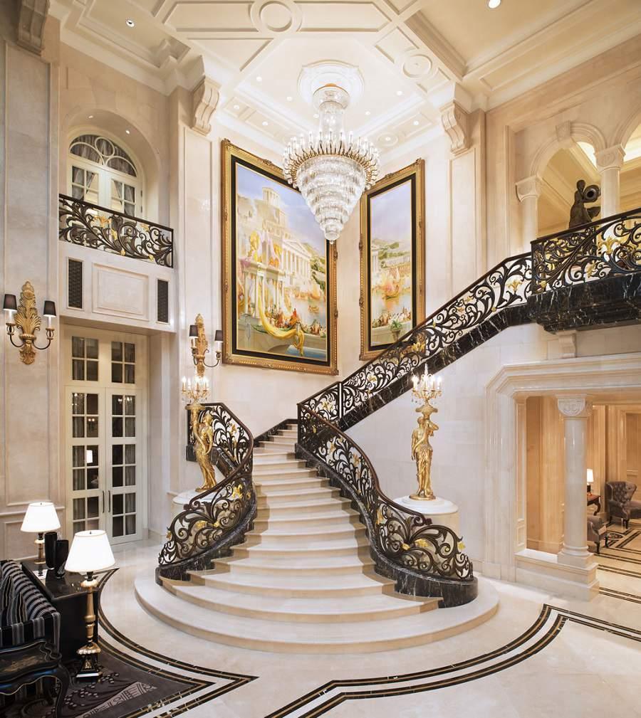 Cách trang trí cầu thang trong nhà