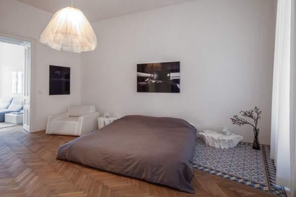 Cách trang trí phòng ngủ không có giường đẹp cuốn hút