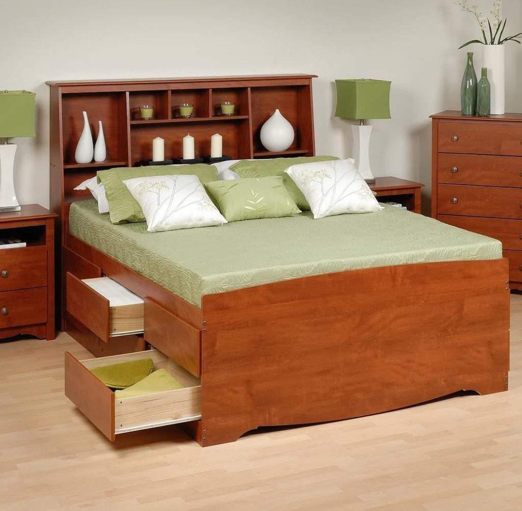 Mẫu giường ngủ gỗ hương – TC16136
