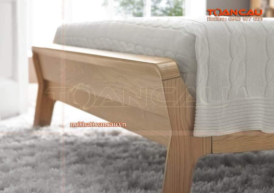 Giường ngủ gỗ Tần Bì sở hữu màu sắc và vân gỗ bắt mắt