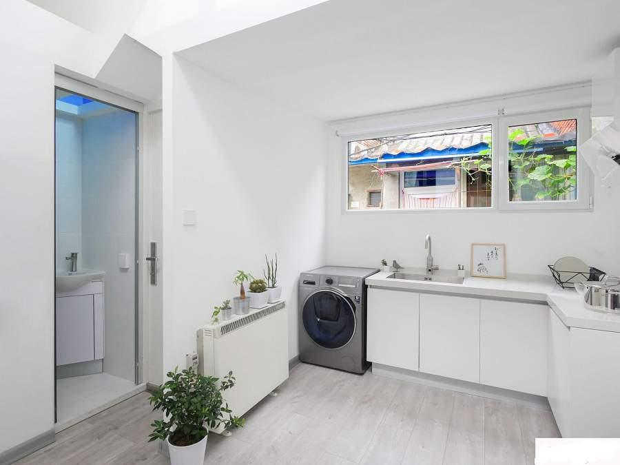 Hóa giải tường bếp và tường nhà vệ sinh chung nhau