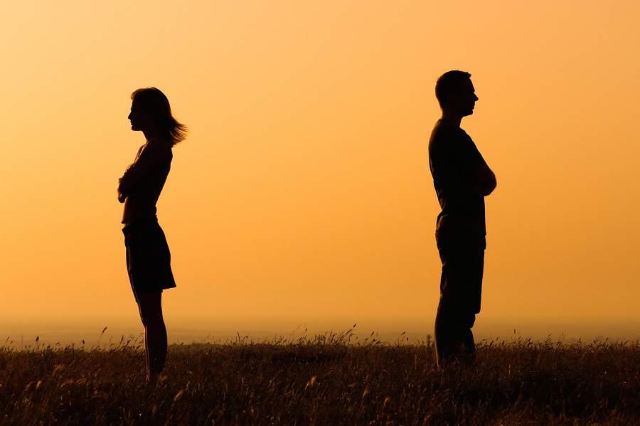 Hóa giải xung khắc mệnh vợ chồng