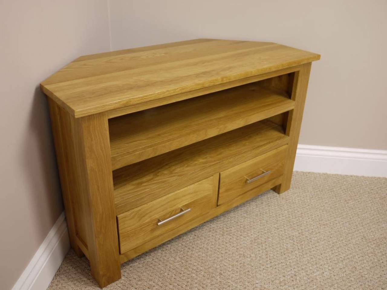 Mẫu kệ tivi góc bằng gỗ - TC30227