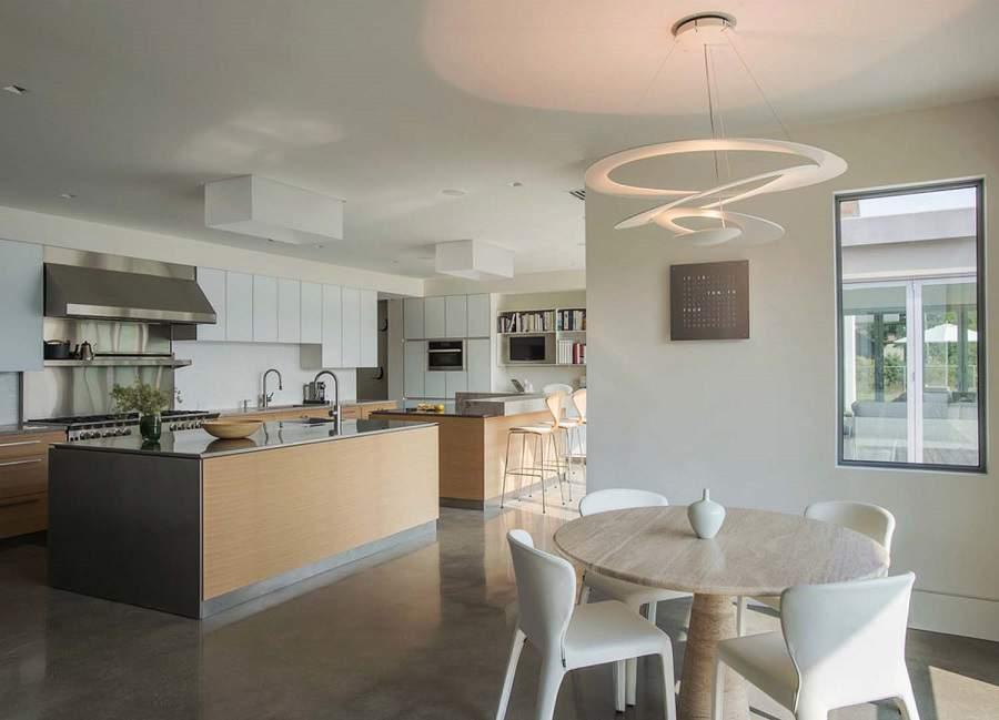 Căn phòng bếp đẹp rất tiện ích