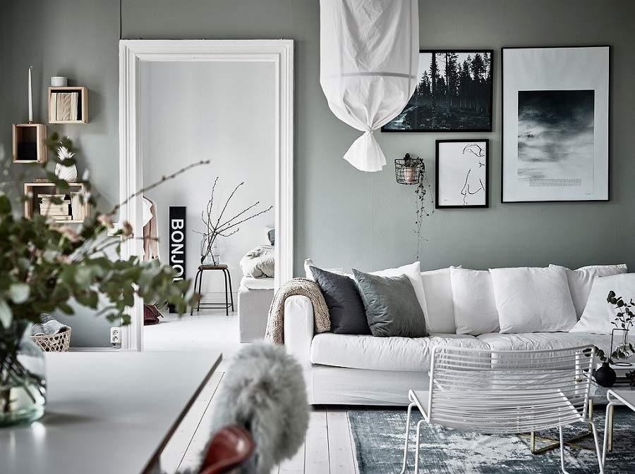 thiết kế phòng khách nhà ống màu trắng