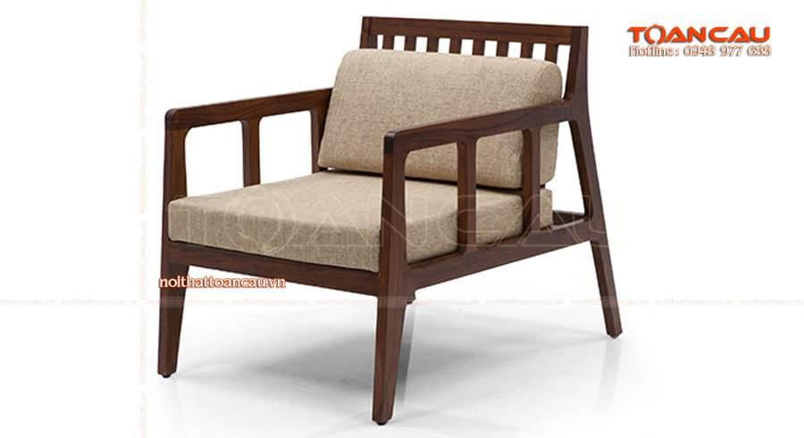 Ghế gỗ phòng khách.
