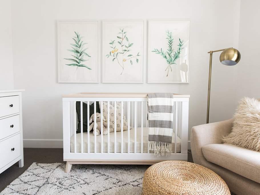 Trang trí phòng cho bé gái sơ sinh