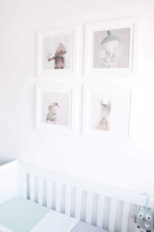 Trang trí phòng cho bé gái sơ sinh đơn giản