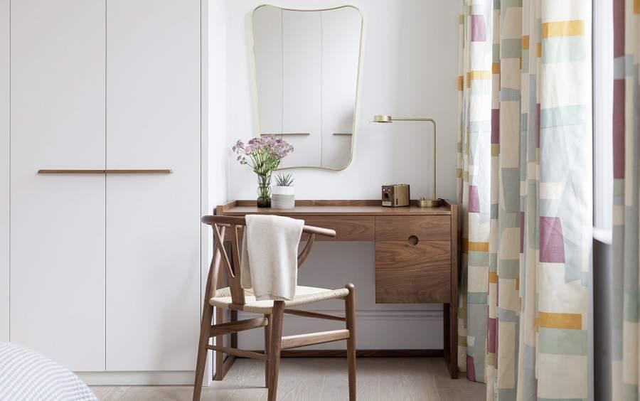 Tủ quần áo kết hợp bàn trang điểm hiện đại
