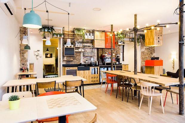 cach-trang-tri-phong-cafe