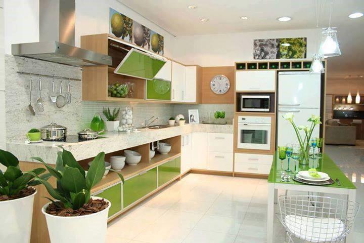 Trang trí nhà bếp hiện đại với không gian xanh