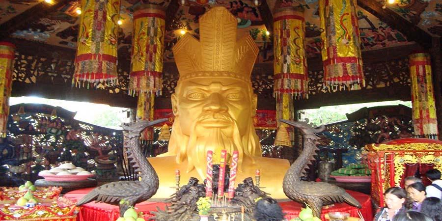 vua-hung-la-nguoi-sỉnh-ra-dan-toc-viet-nam