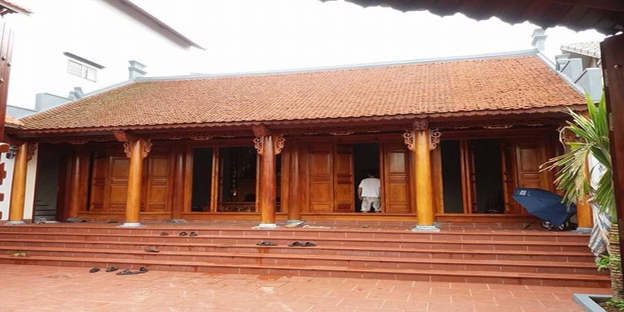 Nhà gỗ 4 gian theo phong cách cổ truyền của người Bắc Bộ