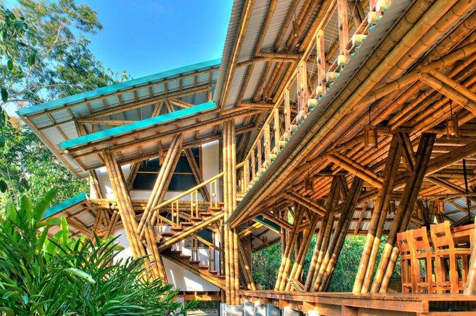 Mẫu thiết kế nhà gỗ 2 tầng