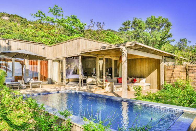 Ngôi biệt thự tạo cho bạn cảm giác cần gũi với thiên nhiên, với môi trường xanh.