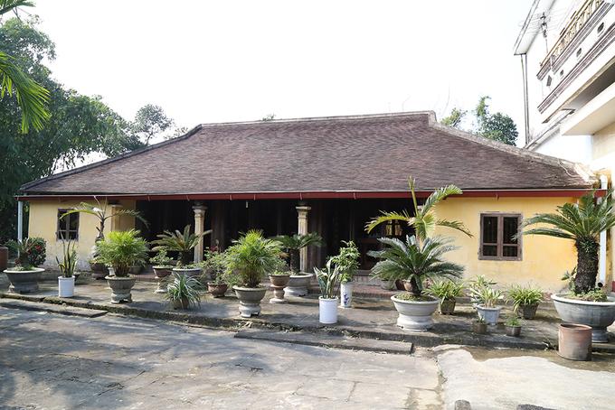 Những ngôi nhà rường với niên đại trên 100 năm tuổi