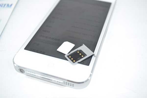 sua-iphone-5-5s-khong-nhan-sim-2