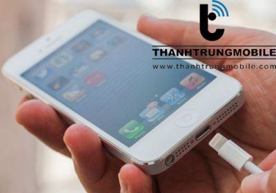 Sửa iPhone 6, 6 Plus không nhận sạc, USB
