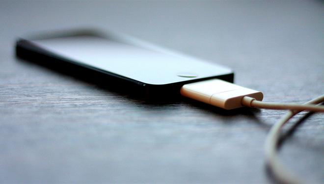 Nguyên nhân khiến điện thoại dễ bị cháy, nổ