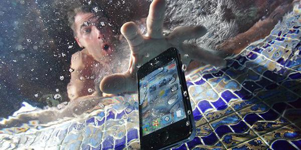 4 Bước đơn giản để cứu sống iPhone bị vào nước