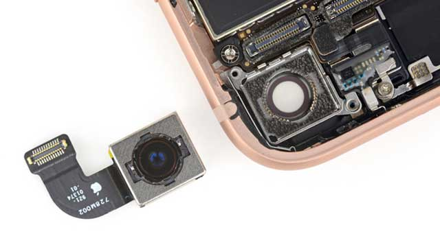 thay-camera-sau-iphone-8-2