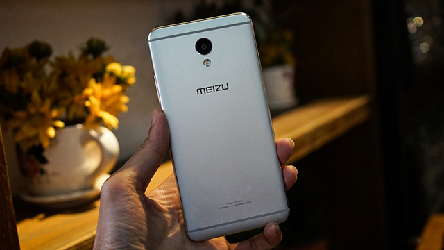 thay-mat-kinh-cam-ung-meizu-m5-note-3