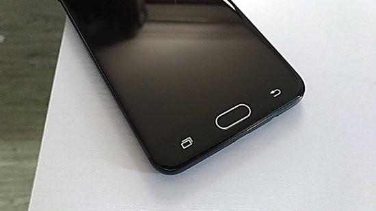 Xử lý Samsung J7 Prime bị đen màn hình chỉ với 3 mẹo đơn giản