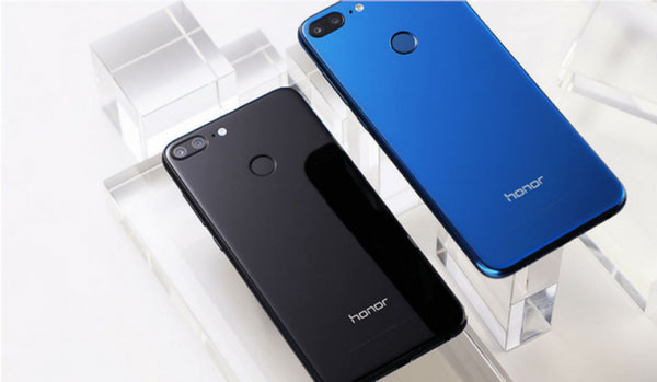 thay-nap-lung-huawei-honor-9-2