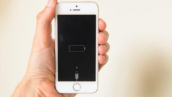 Sự thật đằng sau hiện tượng iPhone tự tắt nguồn, tự sập nguồn