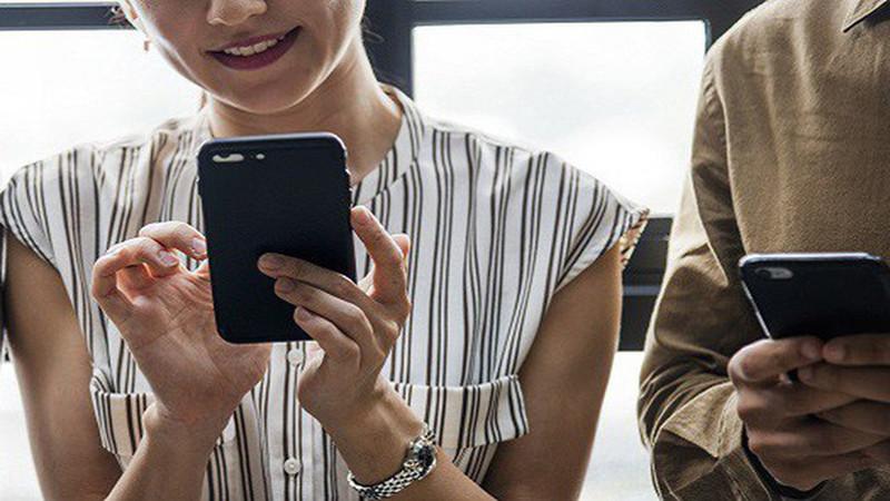 Đọc vị tính cách một người qua chiếc điện thoại của họ