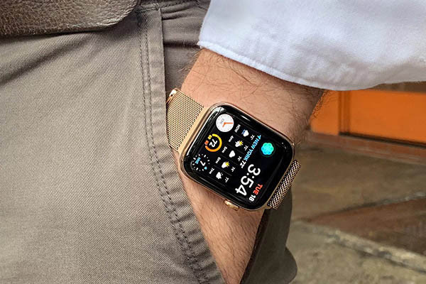 thay-pin-apple-watch-series-4-2