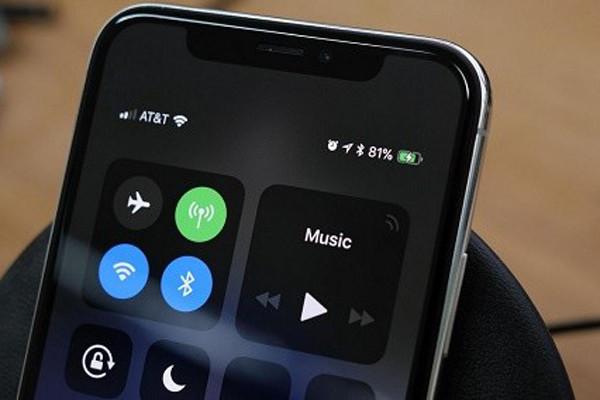 Đừng bỏ qua cách kiểm tra phần trăm pin iPhone X nếu bạn chưa biết