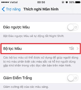 man-hinh-iphone-7-bi-am-vang-2