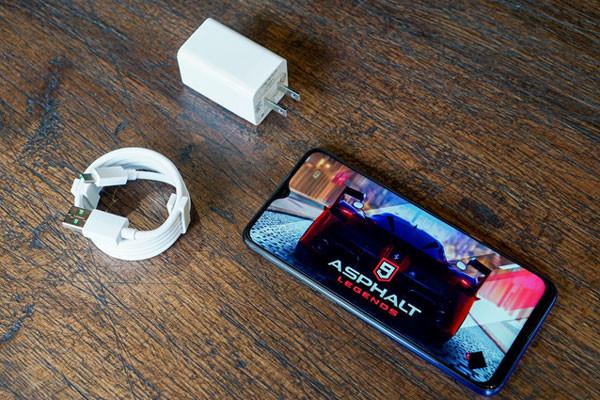 Tìm hiểu cách sạc pin cho điện thoại Oppo mới hạn chế chai pin