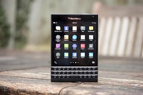[Hỏi đáp] BlackBerry Passport hao Pin, không lên nguồn