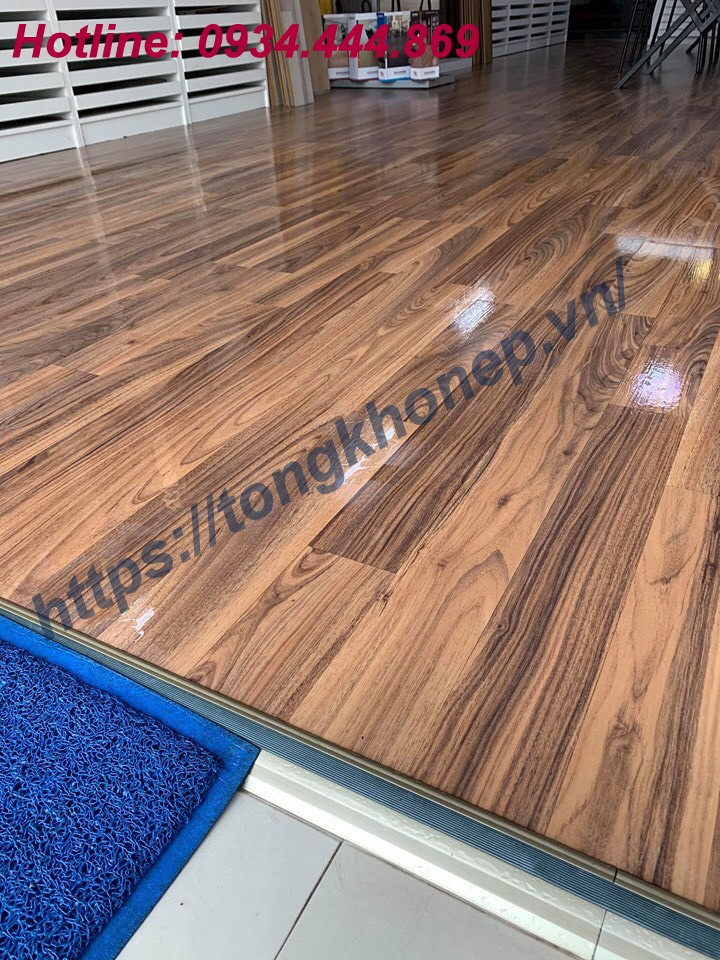 Nẹp chặn mép sàn gỗ chênh cốt cao thấp