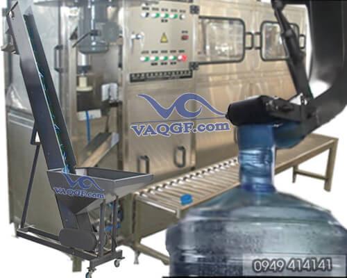 Máy tải nắp bình tự động