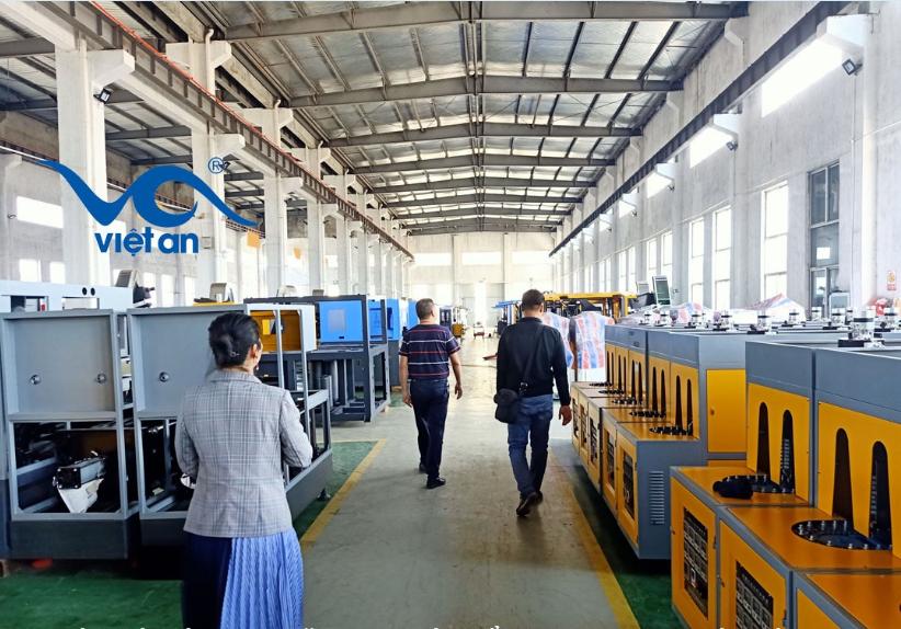 Dây chuyền sản xuất chai nhựa mới nhất 2019