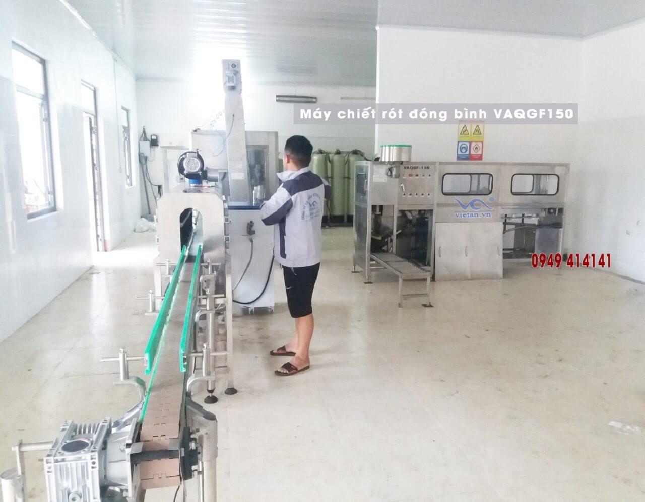 lắp đặt máy chiết rót đóng bình VAQGF150