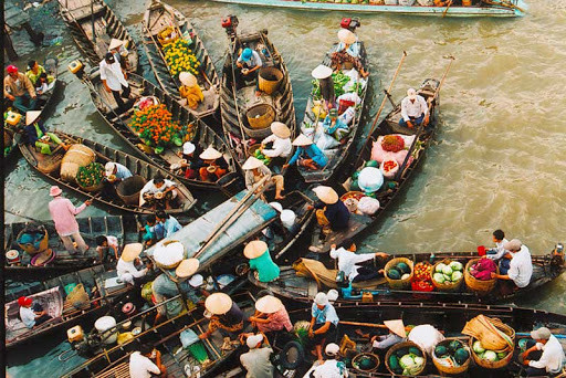 can-tho-floating-market