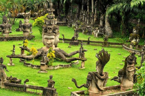 vientiane-buddha-park-2