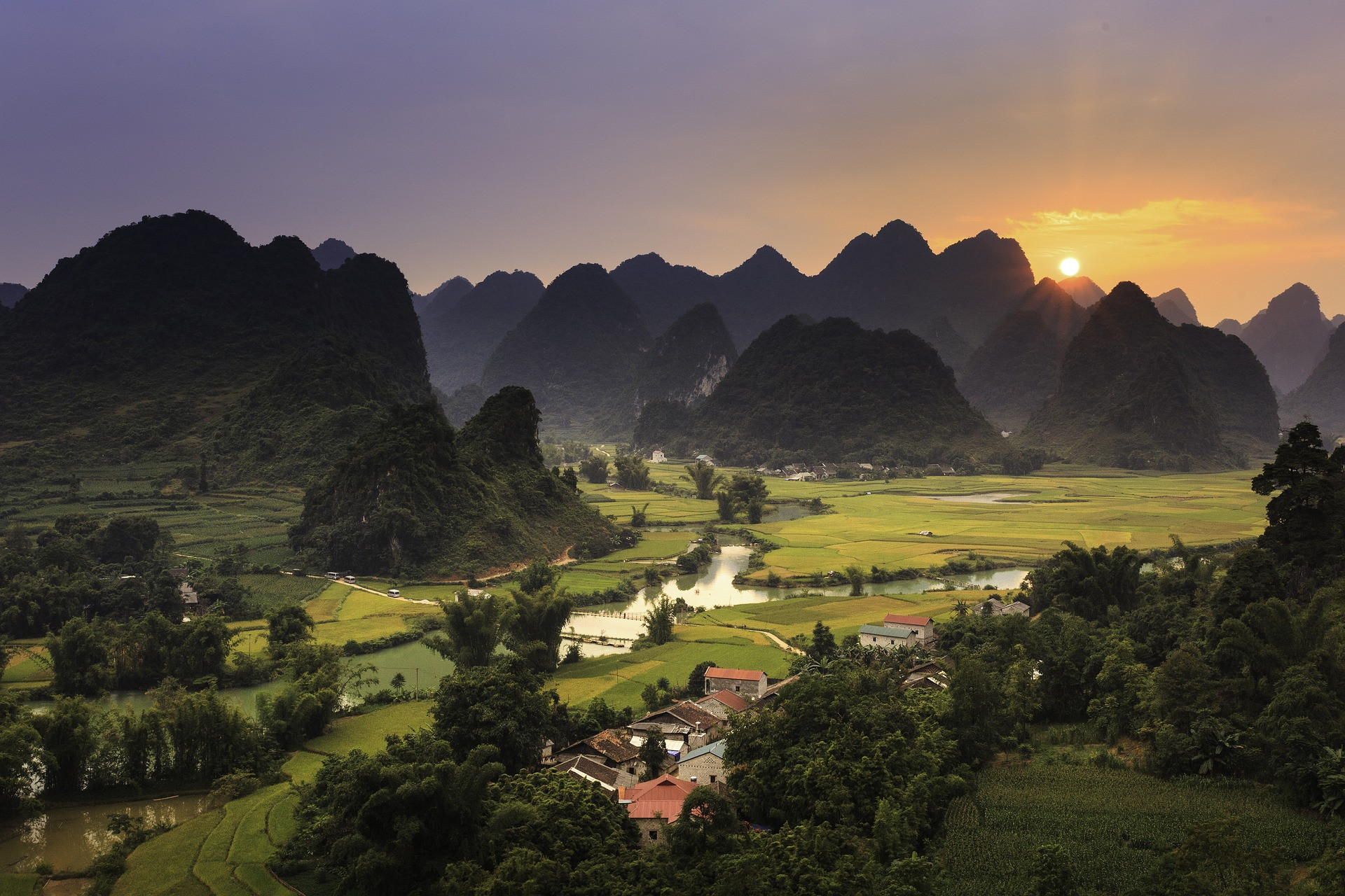 cao-bang-village