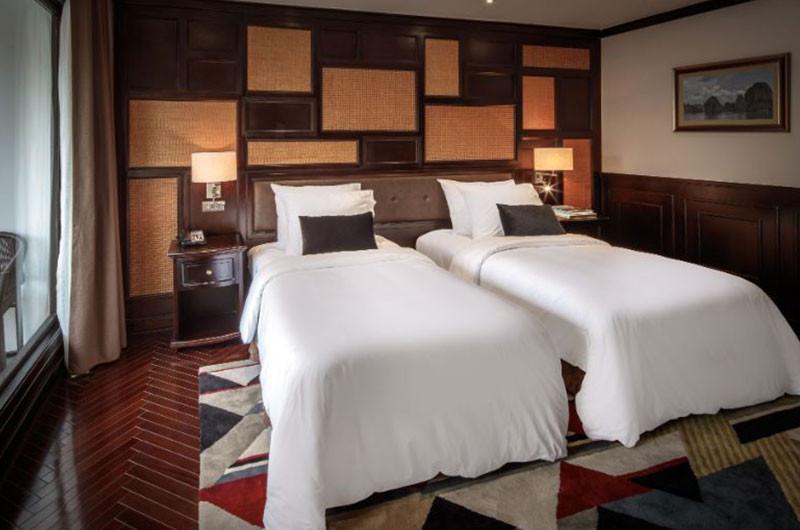 halong-bay-cruise-cabin