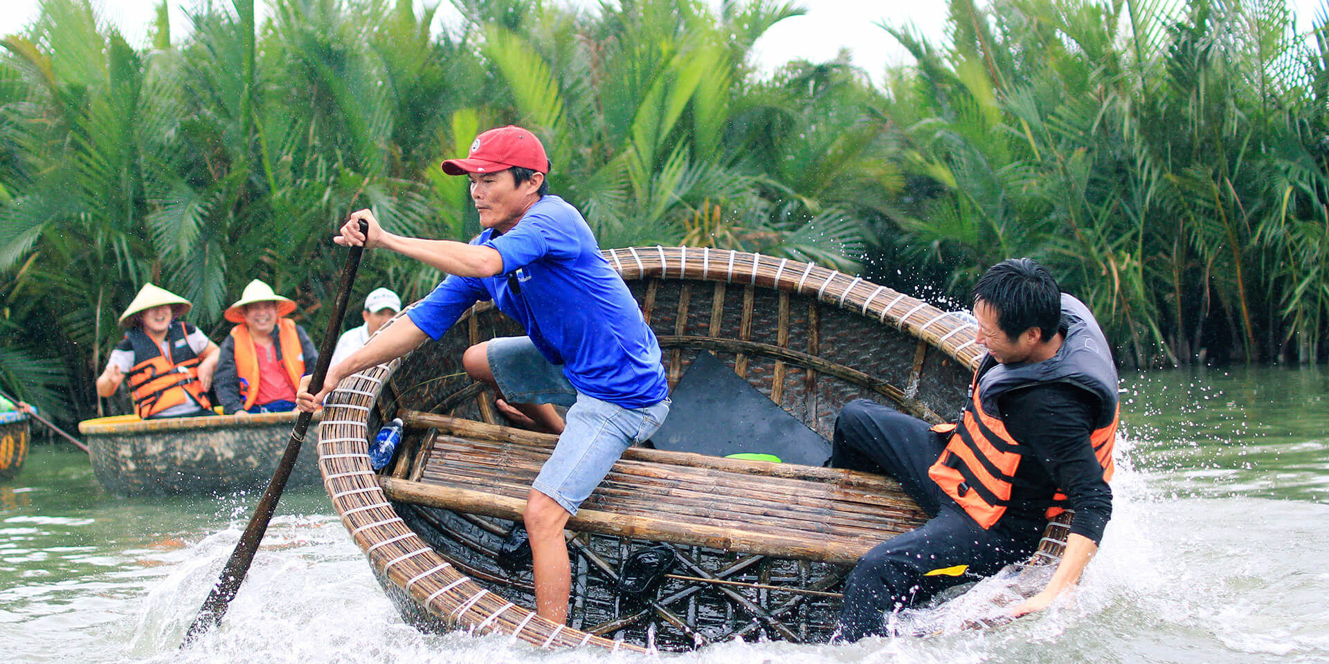 hoi-an-bamboo-boat-experience-1