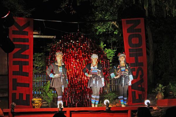 laos-ethnic-fashion-show-in-luang-prabang