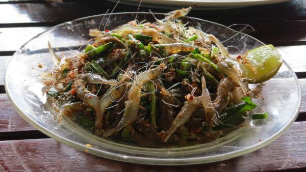 laos-tha-ngon-lunch