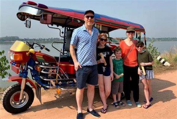 laos-tuktuk-safari-2